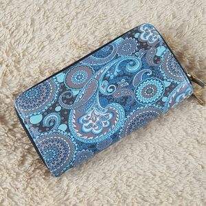 Womens Paisley Wallet with chained straps